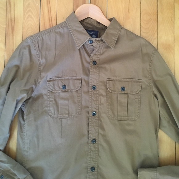 American Eagle Outfitters Other - American Eagle Outfitters Men's Tan Shirt Small